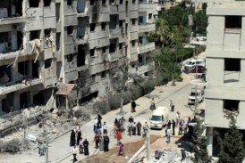 الحصار يمنع انقاذ حياة طفل بعد سقوطه من بناء بحي الوعر في حمص