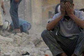 منهياً رحلة لعبها.. طيران النظام يقتل طفلة في الغوطة الشرقية