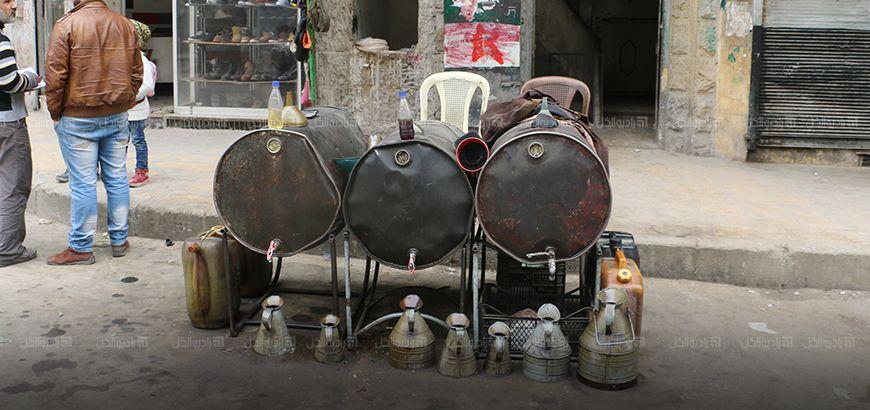 """حلب المحاصرة: ارتفاع أسعار المحروقات ووصول  سعر برميل """"البنزين"""" لمليون ونصف ليرة سورية"""
