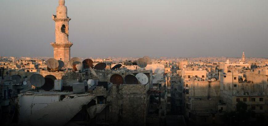 """وفاة طفل وإصابة 110 أشخاص """"بفقر دم انحلالي"""" نتيجة التسمم في حلب المحاصرة"""