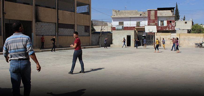 """""""التربية الحرة"""" في إدلب تلغي مادة المعلوماتية من مناهجها"""