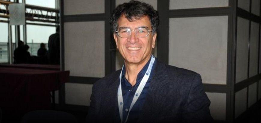 """الكاتب الصحفي """"د.رياض معسعس"""" """"الإذاعة مدرسة لكل الصحفيين..والثورة السورية بحاجة إلى صوت"""""""