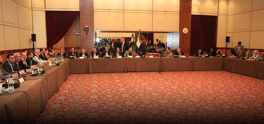 اجتماع استشاري للمعارضة السورية قبيل لقاء دي ميستورا
