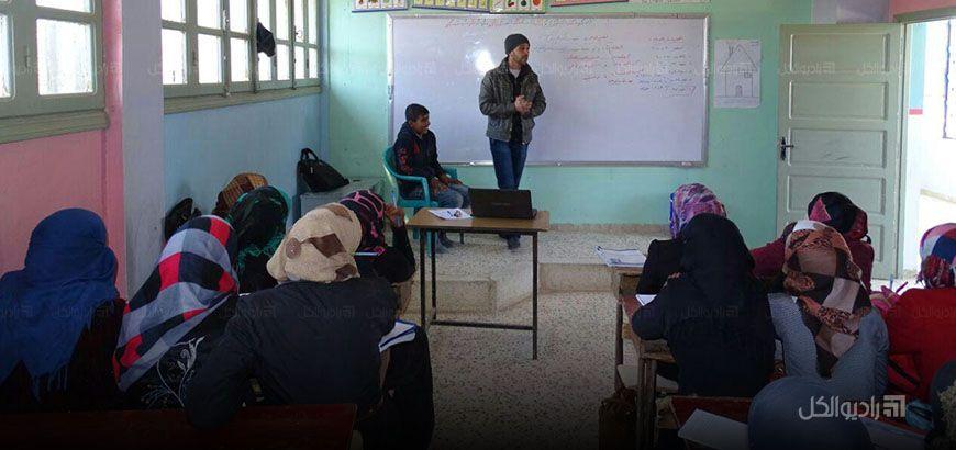 دورة تدريبية لأساسيات الإسعاف الأولية للإناث في قرية رأس العين بريف إدلب