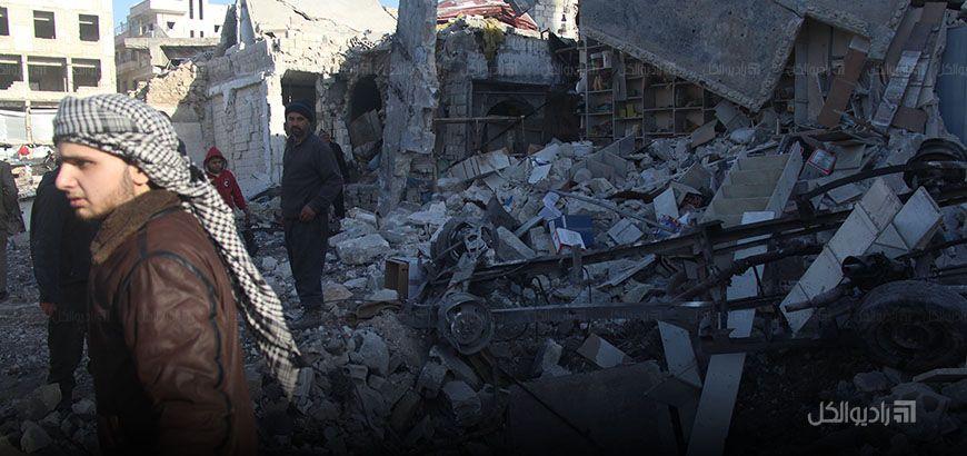 النظام يرتكب مجزرتين في خان شيخون وأريحا ويكثف من طلعاته الجوية على إدلب المدينة