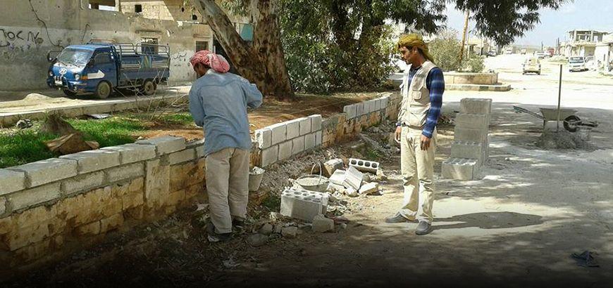 """""""محلي"""" أبو الظهور يبدأ بترميم المدخل الرئيسي في البلدة"""