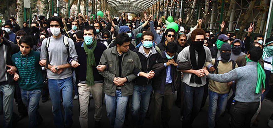 """قيادي طلابي إيراني : أكبر جريمة ارتكبها النظام الإيراني هي دعم جرائم الأسد في سوريا"""""""
