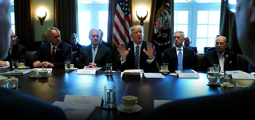 ترمب يعطي البنتاغون صلاحية تحديد عديد ومستوى القوات الأمريكية في كل من سوريا والعراق