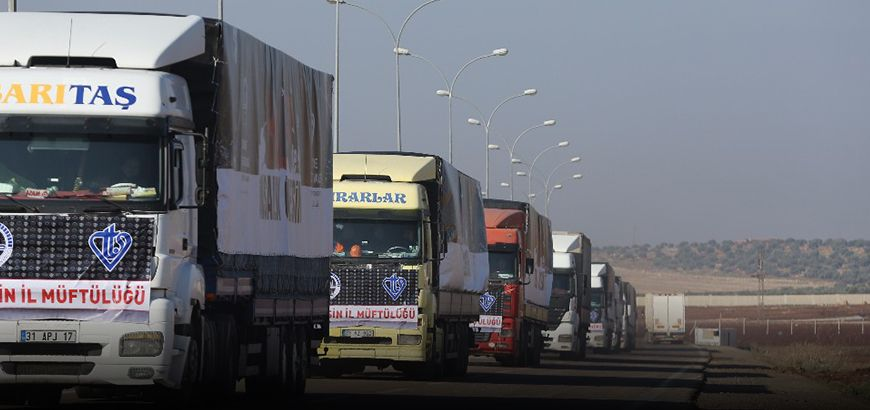 متبرعون أتراك يرسلون 22 شاحنة من المساعدات الإنسانية للمحتاجين بسوريا