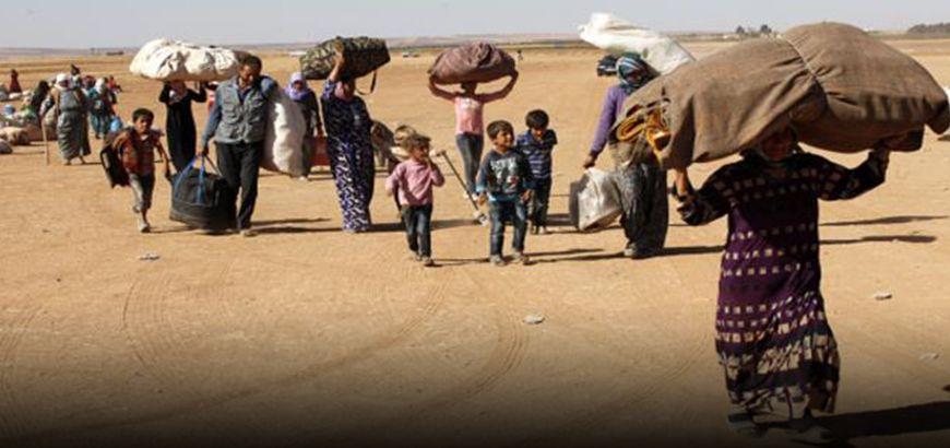 نقل 700 عائلة نازحة من أطراف مدينة منبح إلى جرابلس وأعزاز بريف حلب