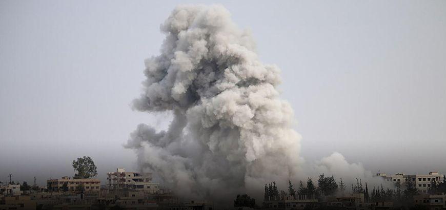 استشهاد 15 مدنياً معظمهم أطفال بغارات روسية على ريفي إدلب وحلب