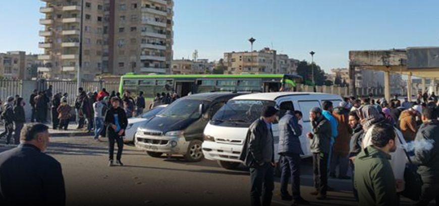 ناشط إعلامي لراديو الكل: من المتوقع اليوم خروج الدفعة الأخيرة من حي الوعر بتعداد 6000 شخص نحو شمال سوريا