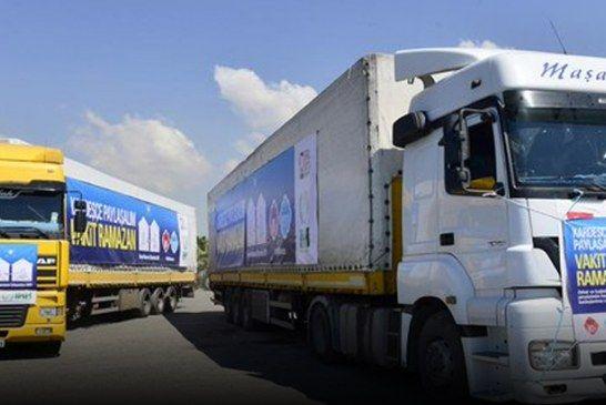 تركيا تُرسل 10 شاحنات محملة بالطحين لأهالي ريف حلب